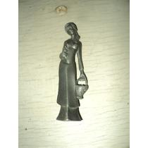 Figura De Peltre Mujer 10 De Alto