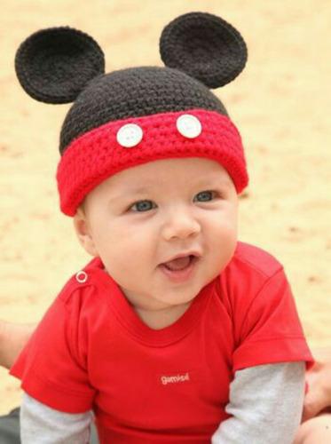 Gorro Tejido Crochet Bebe Niño Peppa Pig Mickey Minnie Etc. Precio    350  Ver en MercadoLibre f0e136561d3