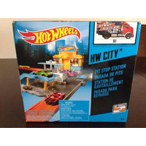 Hot Wheels Parada Pits Incluye Auto Jugueteria Bunny Toys