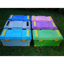 Baul Caja Plastica Con Bisagras, Manijas Y Ruedas, 90 Ltrs.