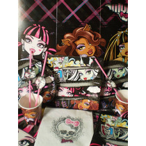 Monster High 20 Chicos Con Centro De Torta Y Regalos