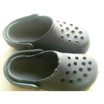 Crocs En Azul Marino 25-26