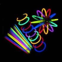 En Belgrano. 50 Pulseras Luminosas Quimicas Glow. Cotillón