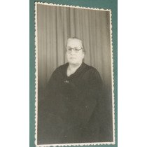 Fotografia Postal Damas Mujeres Peinados Muebles Anciana