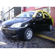 Taxi Toyota Etios Y Licencia-anticipo Y Cuotas-los Gallegos-
