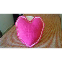 Almohadon Al Crochet Forma De Corazon Rosa Claro Y Oscuro