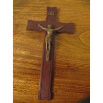 Crucifijo En Madera Y Bronce Benedictino