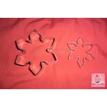 Setx2 Cortantes Frozen Copos De Nieve - Gr 8x8cm + Ch 5x5cm