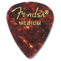 Pua Fender Medium