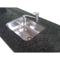 Mesada Granito Natural Negro Brasil Standar 1,40x60 C/bacha