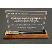 Premio Placa De Acrílico Cortado Laser Con Base De Madera
