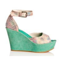 Sandalias Plataformas Y Pulsera De Mule Zapatos De Colección