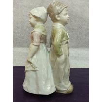 Figura Estatuilla De Porcelana Alemana Heubach Pareja Niños