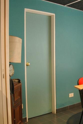 Puerta placa mdf para pintar marco ch18 tab 10 15 60x200 for Pintar marcos de puertas