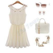 Vestido De Organza Blanco Con Detalle En El Cuello -