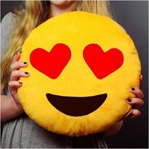 Almohadones Smile Emoticones (ojos Corazónes)