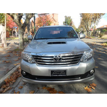 Toyota Hilux Sw4 3.0tdi 7pasajeros C/automatica Cuero 2012