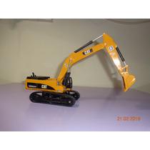 Maquina Caterpillar-excavadora En Escala 1/50