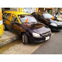 Licencia Y Auto Taxi Chevrolet Corsa Wagon 1.4 2012 Gnc