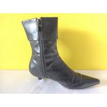 Uma Botas Cuero Color Negro Nro.37 C/cierre Interno