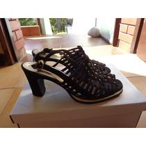 Zapatos Gamuza Negro Ferraro Talle 37.5