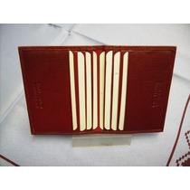 Porta-tarjetas De Crédito- Tipo Libro- 100% Cuero- (rojo)