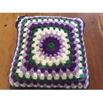 Almohadon Tejido A Mano A Crochet 30 * 30 Cm Violeta Verde