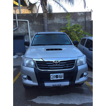 Toyota Hilux Sr 4x2 Año 2013 Con 66.500 Km! Impecable