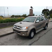 Vendo Toyota Hilux Srv 4x2 (2007)