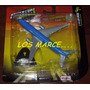 Maisto Tailwinds Boeing 777-200 Adventure Wheels Avion Escal