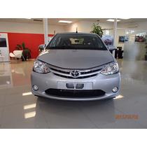 Toyota Etios 4 Puertas Xls Gris Plata Concesionario Oficial
