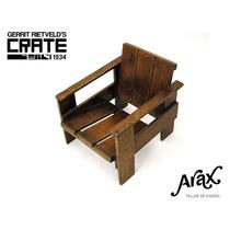 Butaca Sillón Crate Diseño: G. Rietveld, 1934. De Stijl