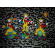 Souvenirs Piñon Fijo En Porcelana Fria
