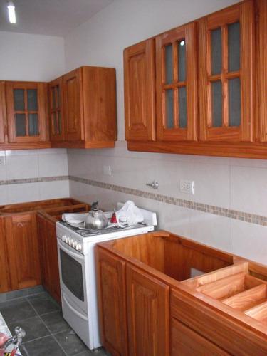 Muebles de cocina alacenas de pino a medida madera a - Muebles alacenas para cocina ...