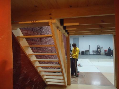 Entrepisos de madera altillos escaleras pergolas barandas - Precio escaleras de madera ...