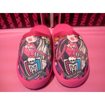 Pantufla Monster High Footy Moron