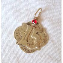 M174 Medalla En Plata Para 15 Años Con Piedra Engarzada