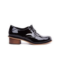 Zapato Natacha Fw16 Mocasín Charol Negro Taco 2,5 Cm #224