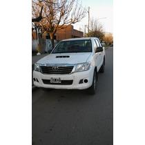 Toyota Hiluk 2014 Nueva