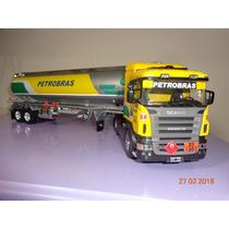 Camion Scania R470 Tanquero De Petrobras En Escala 1/32