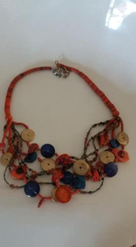 f58fb75b1422 Gargantilla Collar Isadora Naranja Azul Madera