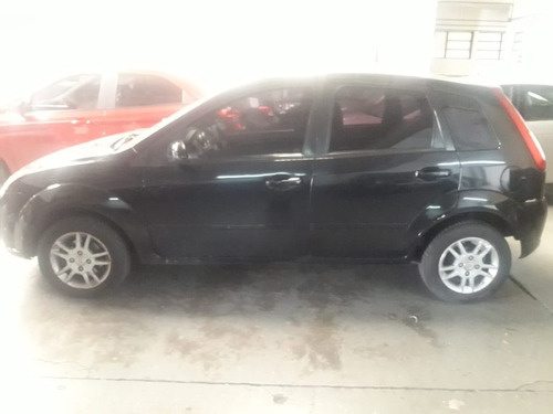 Ford Fiesta 0 Foto 2
