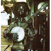 Historical*- Petitbronce-musico Negro -para Muy Entendidos