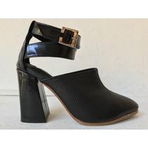 Zapatos Stilettos Negros Cerrados Con Pulsera De Cuero Nuevo