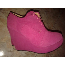 Zapatos Acordonados Fuxia