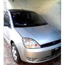 Ford Fiesta Max 1.6 Ambiente Plus Año 2005 A.a. Con Gnc