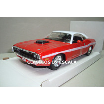 Dodge Challenger R/t 1970 Hard Top Muscle Car - Maisto 1/24