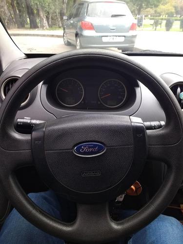 Ford Fiesta 0 Foto 7