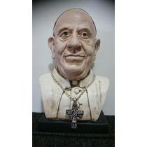 Escultura /busto Papa Francisco - Incluye Cruz Del Peregrino