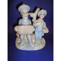 Figuras De Labriegos - Abuelo Y Ñieto (573)